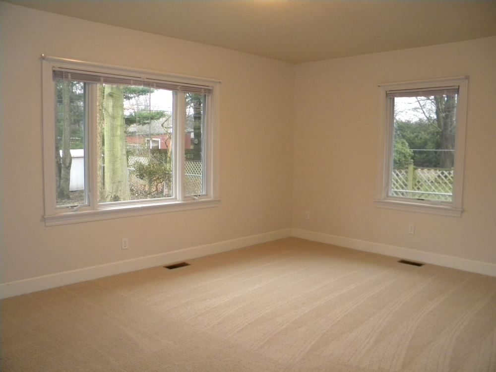 2nd bedroom (of 3 total)