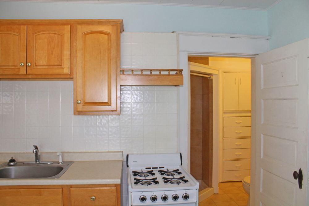 705high_apt4_kitchen3