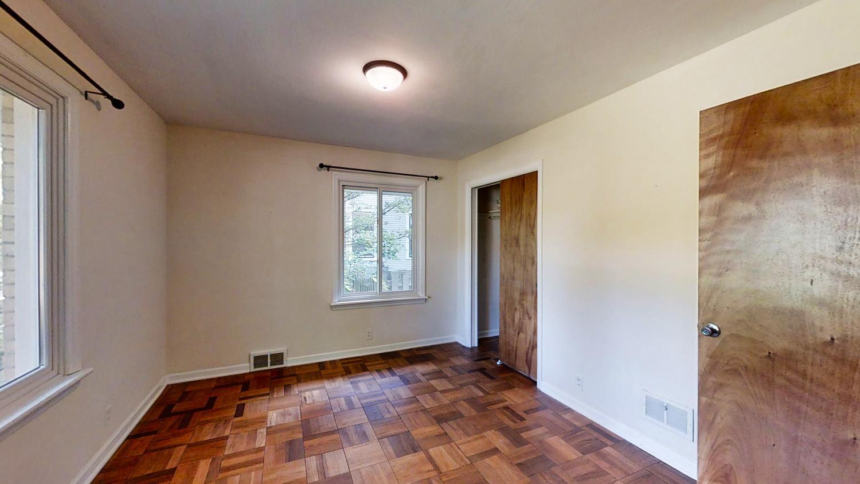 801-S-Elm-Blvd-Champaign-IL-large-035-018-Bedroom11-1500x844-72dpi